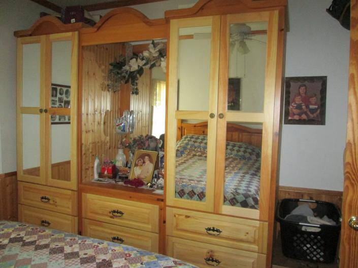 Beadroom Armoire